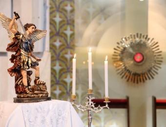 Inicia a devoção mensal a São Miguel Arcanjo
