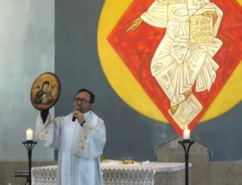 Padre Celso celebra novena do Perpétuo Socorro na PUCPR