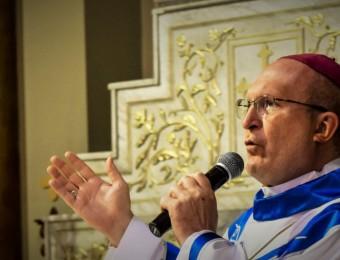 Arcebispo de Curitiba convoca católicos para momento de oração simultânea no domingo ao meio-dia