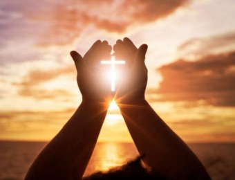 Permanecendo firmes que irei ganhar a vida eterna